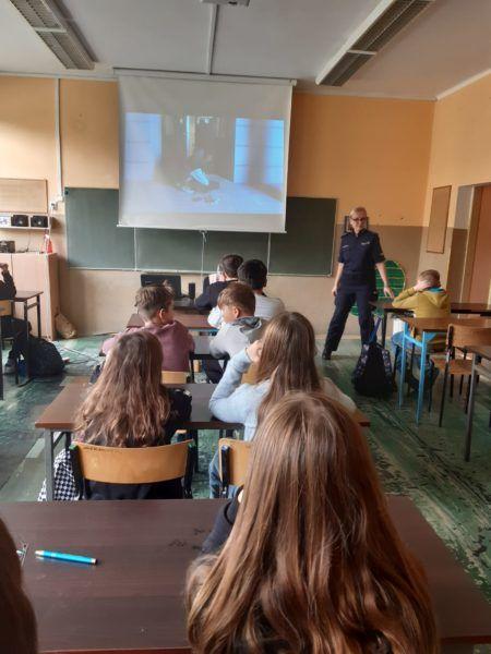 Read more about the article Zajęcia dla uczniów klas VII-VIII